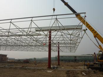 专业加工钢结构网架,加油站罩棚,大型体育馆