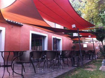 定制 户外餐厅咖啡棚 防雨棚遮阳棚遮阳帆彩色膜结构