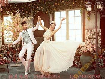 室内实景婚纱摄影 欧式实景影棚背景图片