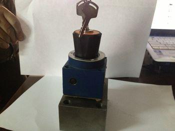 商品市场 机械及行业设备 液压调速阀2frm5底座整流板 油路块 分配器图片