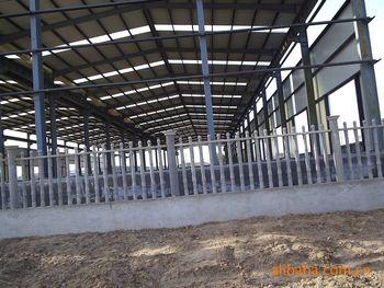 供应青浦钢结构,彩钢瓦工程