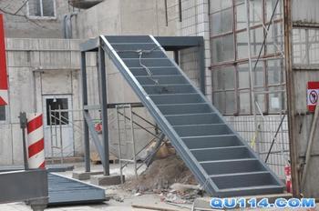 钢结构广告牌,钢结构仓库,钢结构厂房,管衔架工程安装,钢结构活动房